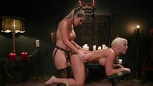 MILF pain in the neck fucked and spanked in lesbian femdom XXX