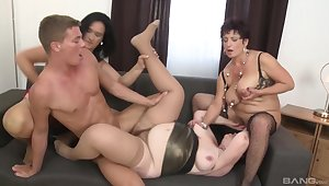 Younger beam enjoys bonking Ciara and her mature amateur friends