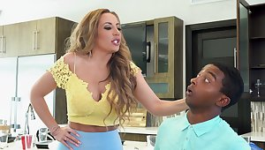 Stepmom goes black in astonishing home video