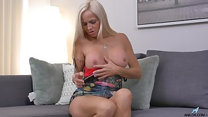 Older hot chick Dani Dare pleasuring will not hear of wet dripping pussy
